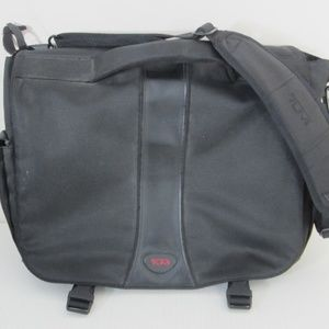 """TUMI Messenger Bag Holds 13"""" Laptop Shoulder Strap"""